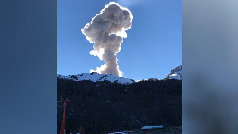 Otra fuerte explosión hizo mirar el volcán Chillán