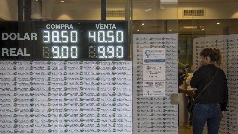 El dólar cerró la semana con otro récord: $ 40,53