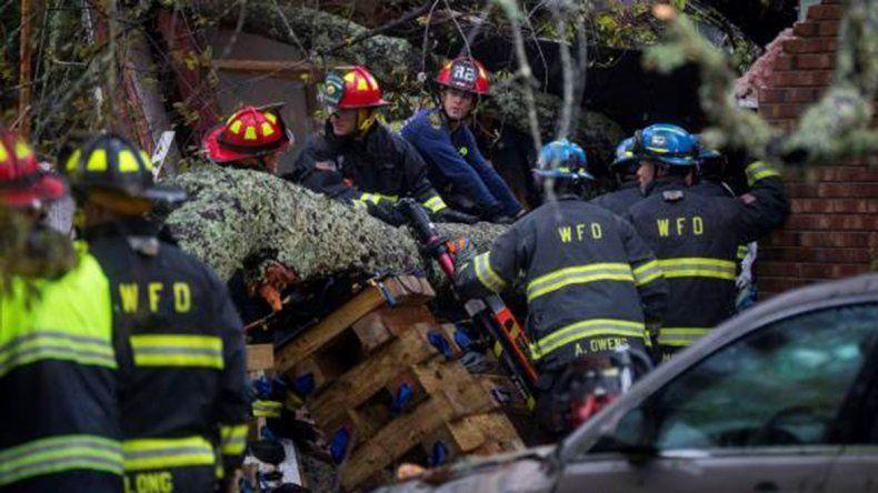 Al menos cinco muertos tras la llegada del Huracán Florence
