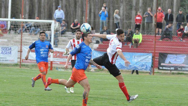 Independiente no pudo con Roca y rescató un punto en La Chacra