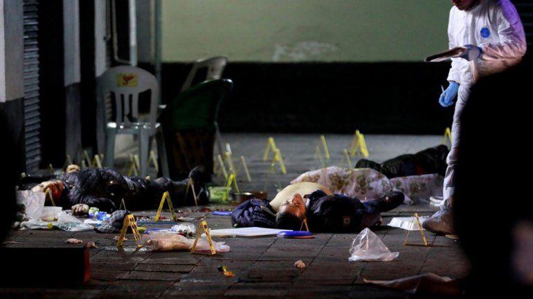 Mariachis matan a 4 personas y hieren a 9