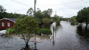 florence: ya dejo 13 muertos y paso a ser tormenta tropical