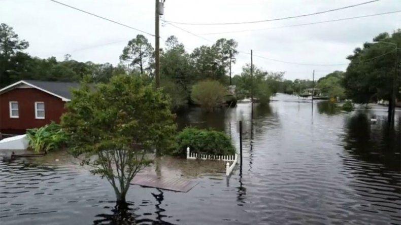 Florence: ya dejó 13 muertos y pasó a ser tormenta tropical