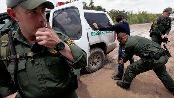 un policia de frontera mato a cuatro prostitutas