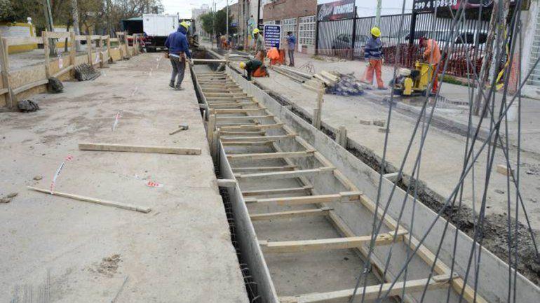 El canal de desagüe de la San Martín  estará listo a fin de año