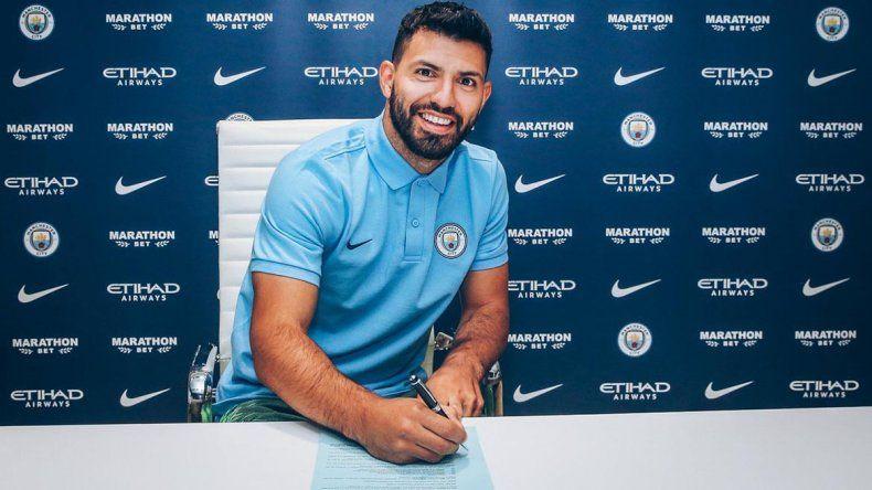 Kun Agüero extendió su contrato en el City hasta 2021