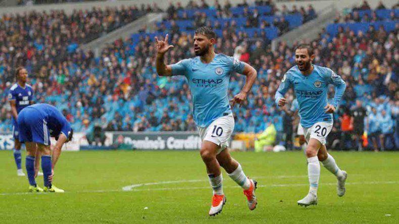 El Kun aportó en la goleada del City ante Cardiff