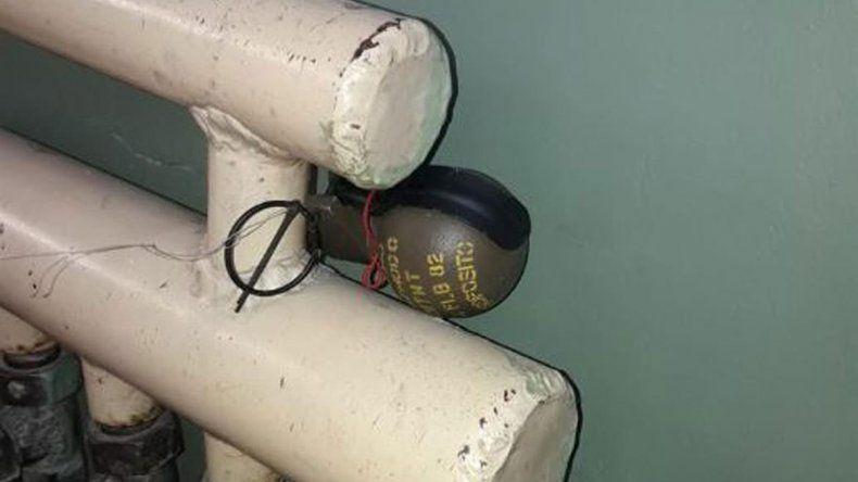 Pánico en un hospital por una granada atada a una tubería