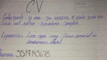 recibio un curriculum escrito a mano y tuvo un emotivo desenlace