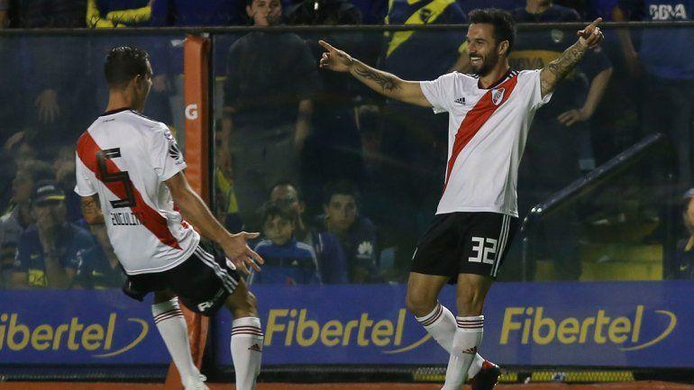 Nacho Scocco volvió a vacunar a Boca (igual que el Pity) como en la Supercopa.