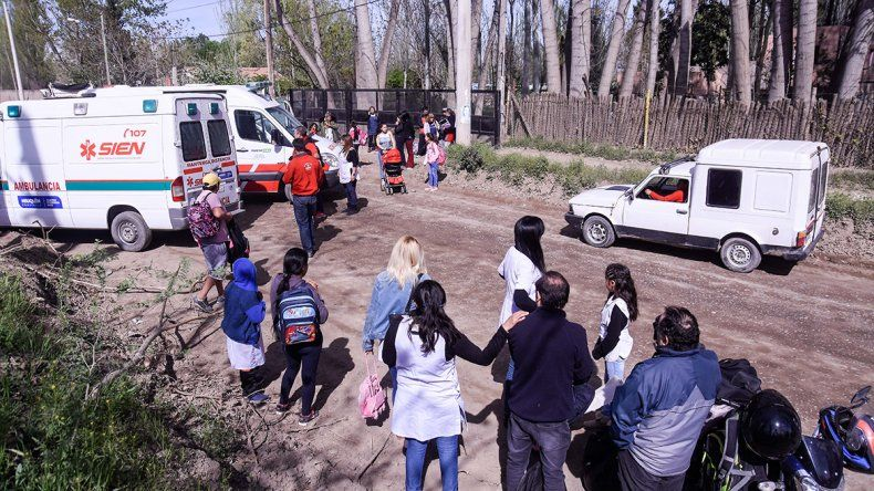 Evacuaron la escuela 136 por una rotura de un caño de gas