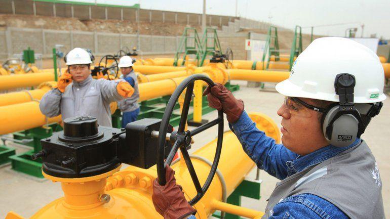 Oficial: 3 petroleras tienen vía libre para vender gas a Chile