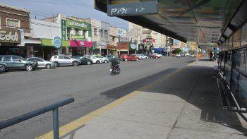 calles vacias y poco movimiento: asi se sintio el paro general de la cta y cgt en neuquen