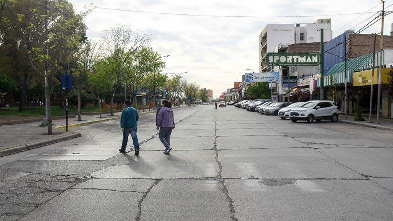 Sin colectivos ni bancos, el paro impactó en la ciudad