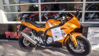 Con los autos en crisis, las motos usadas son el boom