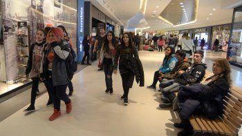 fuertes bajas en las ventas en supermercados y shoppings