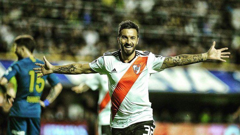 Scocco viene de anotar en La Bombonera y será titular en River.