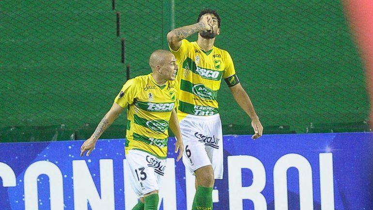 El Halcón se impuso 2 a 0 y está en cuartos de Sudamericana.