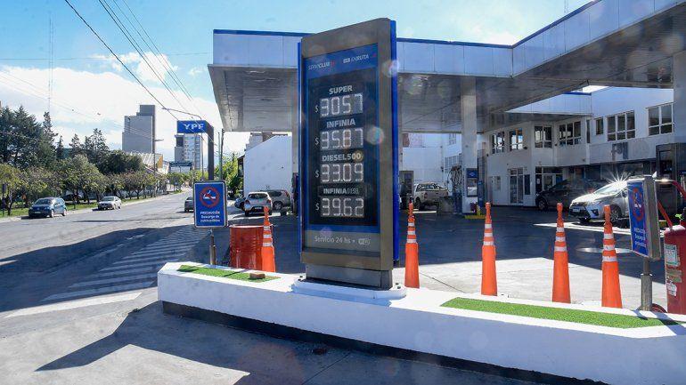 La nafta ya subió un 55 por ciento en Neuquén este año