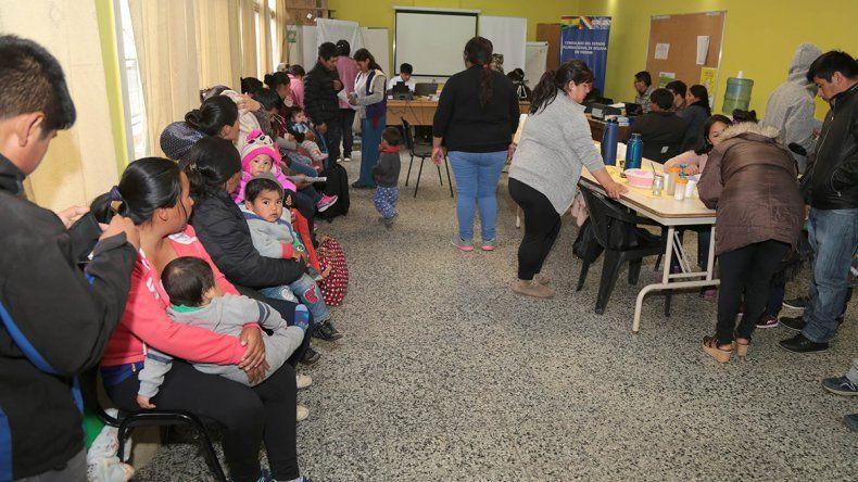 Siguen llegando bolivianos para trabajar las tierras
