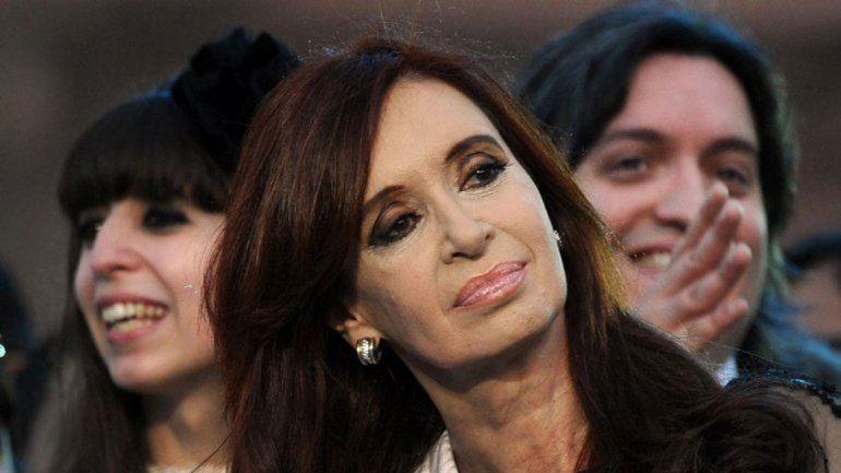 Cristina, Máximo y Florencia Kirchner irán a juicio oral