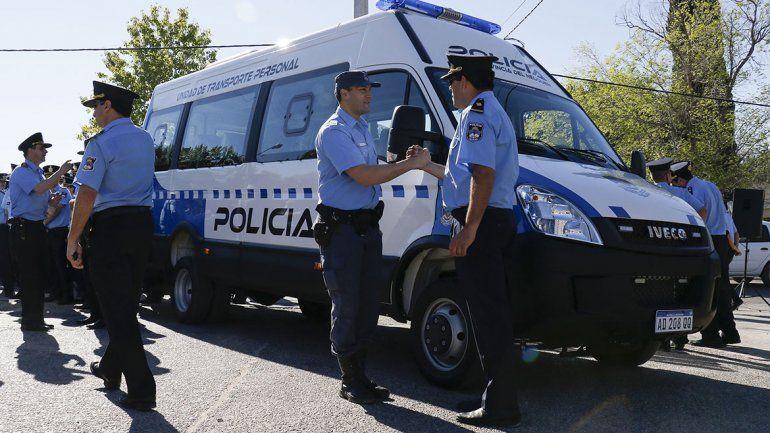 Anuncian que se incrementará el valor de adicionales para los policías