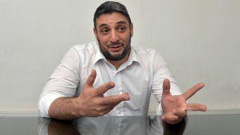 El fiscal Andrés Azar detalló cómo seguirán investigando el caso.