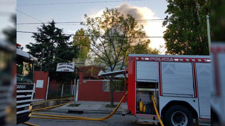 Susto por un incendio en el Centro de Jubilados