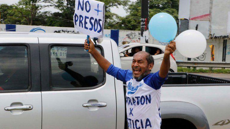 Corre para echar a Ortega