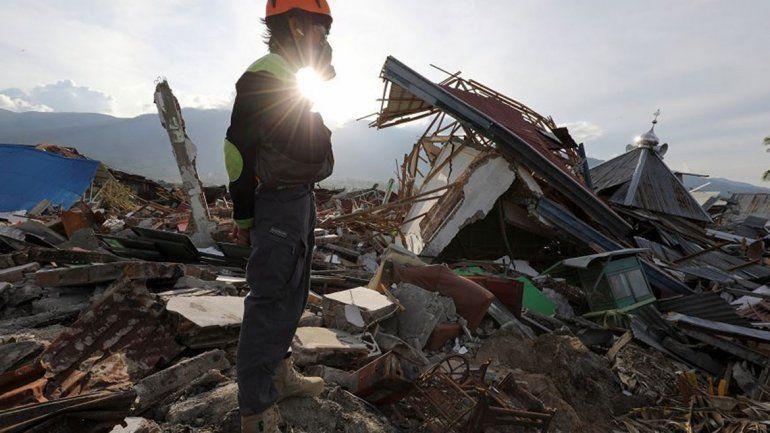 Ascienden a 5000 los desaparecidos por el tsunami