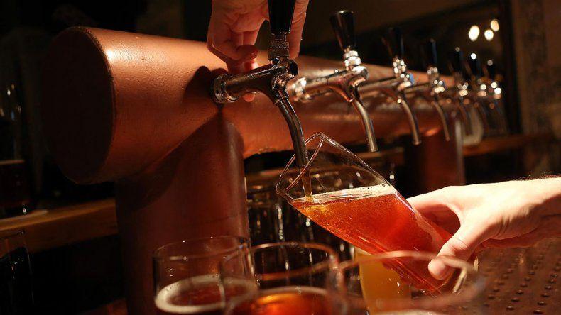 Cerveza y análisis político en Neuquén
