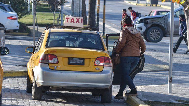 Taxis: si el Concejo no se mueve, la suba es por decreto