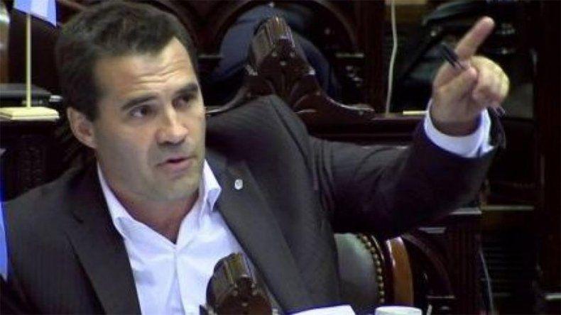 Darío Martínez pidió sesión especial para derogar la tarifa extra de gas