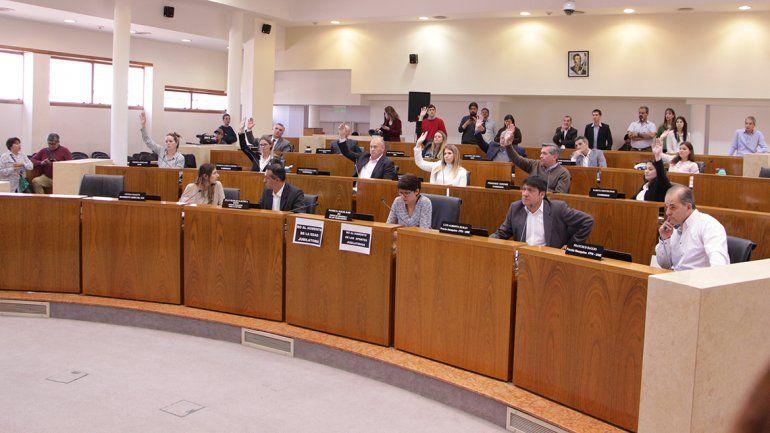 Concejales entre acusaciones a los pares y repudio a los incidentes