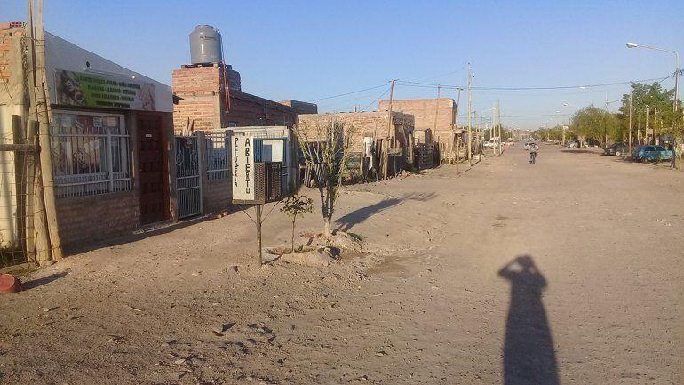 Vecinos de Toma La Laguna reclaman la regularización de servicios
