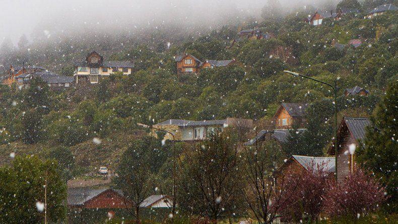 Las nevadas tardías no influyeron en el caudal de los ríos