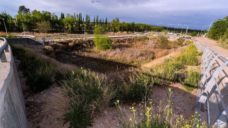 El Parque del Este está descuidado, sin verde y sucio