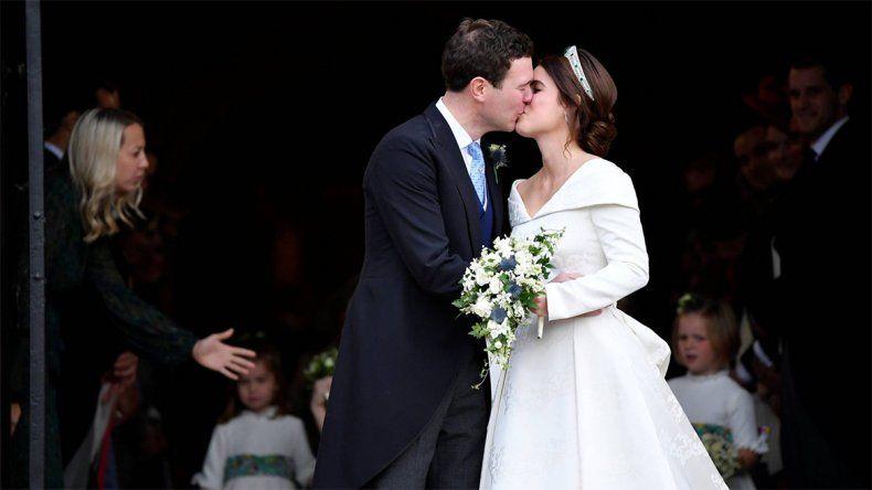 Boda Real: la nieta menor de Isabel II se casó con un mozo