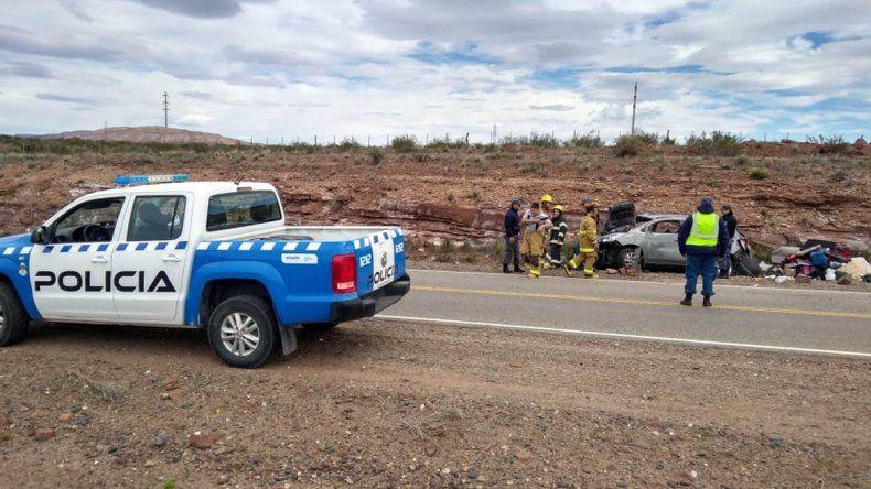 Dos vuelcos en la Ruta 237 dejaron heridos de consideración