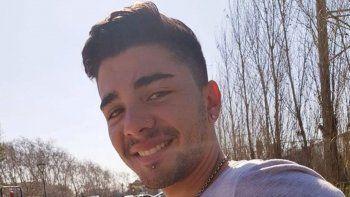 Rodrigo Torres tenía 18 años. Estaba con un amigo y una amiga.