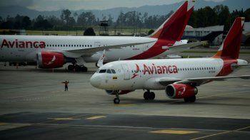 Un vuelo de Avianca aterrizó de emergencia una hora después de salir.