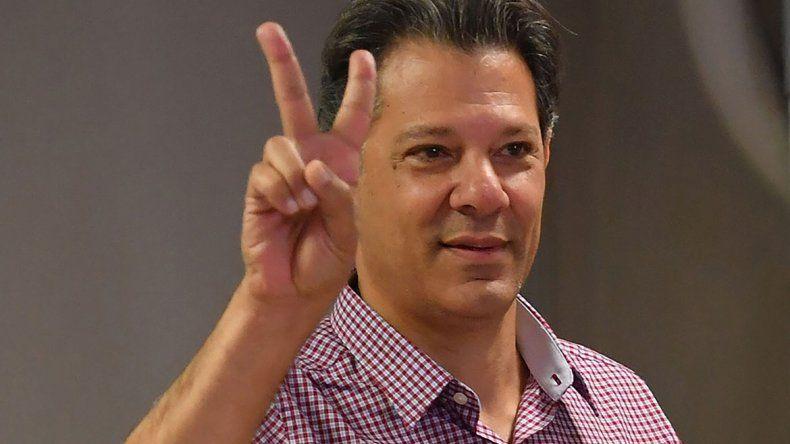 El candidato Fernando Haddad se diferenció del ultraderechista