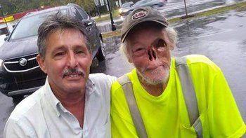 La gerenta del local Forks Pit Stop, de Carolina del Sur, discriminó a Kirby.
