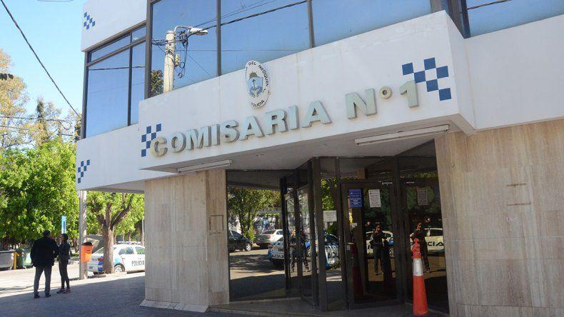Policías de la Comisaría 1° evitaron que un demorado se suicidara
