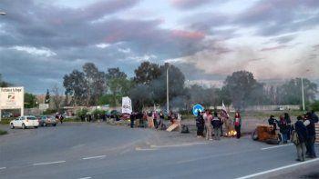 ceramistas liberan rutas y manana marchan a casa de gobierno
