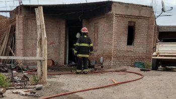 una familia de centenario perdio todo en un incendio