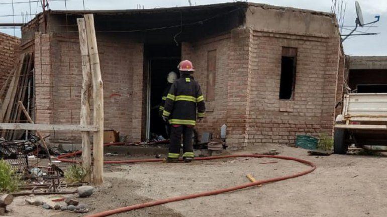 Una familia perdió todo en un incendio