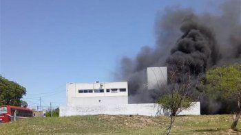 policias hicieron un asado y se quemaron 77 motos