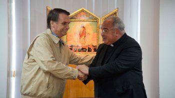 bolsonaro y la iglesia firman un pacto antiaborto