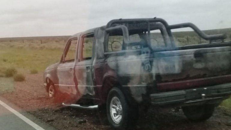 Encuentran una camioneta en llamas sobre la Ruta 237: creen que había sido robada